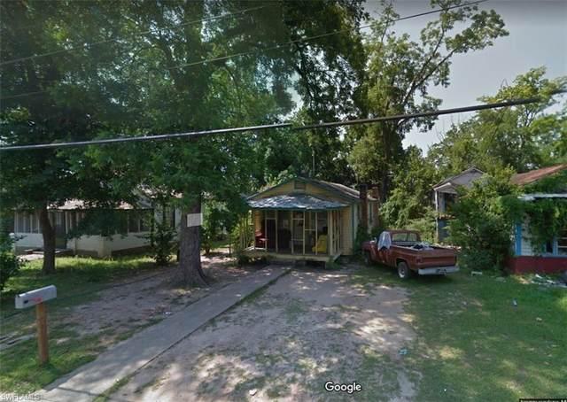 217 E Clark Street, QUINCY, FL 32351 (MLS #221052434) :: Clausen Properties, Inc.