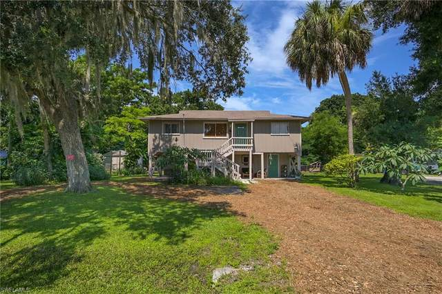 1589 Francis Street, North Fort Myers, FL 33903 (MLS #221052468) :: Realty Group Of Southwest Florida