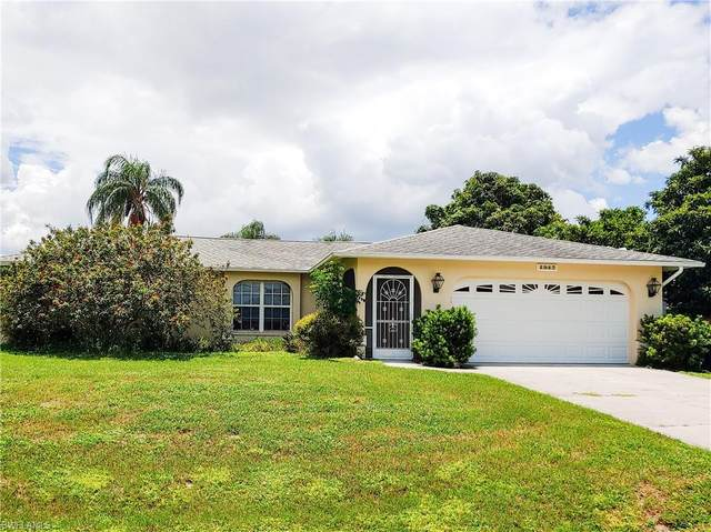 1947 Indian Creek Drive, North Fort Myers, FL 33917 (#221052487) :: Southwest Florida R.E. Group Inc