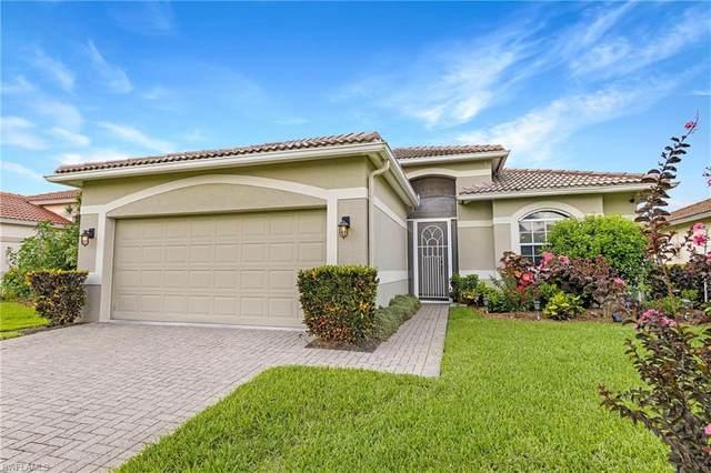 13041 Lake Meadow Drive, Fort Myers, FL 33913 (MLS #221052630) :: Florida Homestar Team