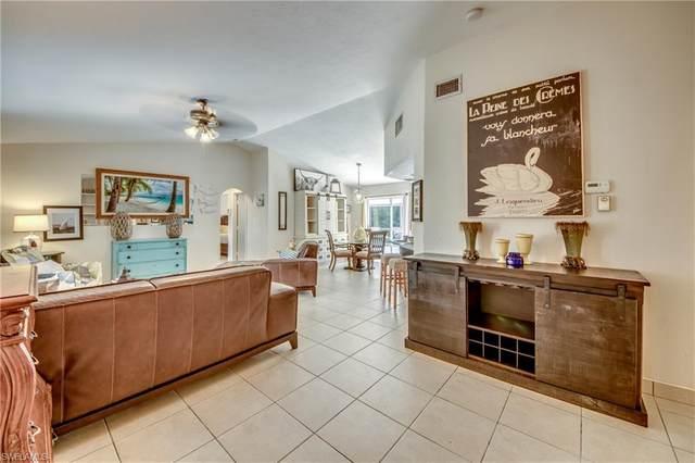 2512 Lakeview Drive, Lehigh Acres, FL 33936 (#221052863) :: Caine Luxury Team