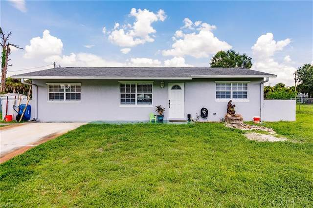 516 Sheldon Avenue, Lehigh Acres, FL 33936 (#221052952) :: Jason Schiering, PA