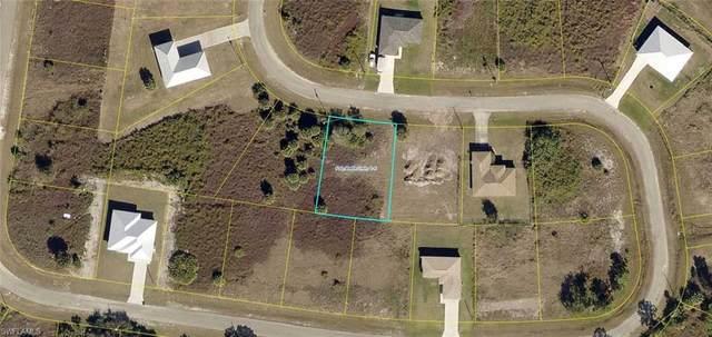 8022 Marsh Circle, Labelle, FL 33935 (MLS #221053242) :: Florida Homestar Team