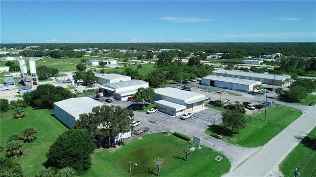 1080 Commerce Drive, Labelle, FL 33935 (MLS #221053361) :: Clausen Properties, Inc.