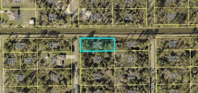 324 Wells Avenue, Lehigh Acres, FL 33936 (#221053521) :: Southwest Florida R.E. Group Inc