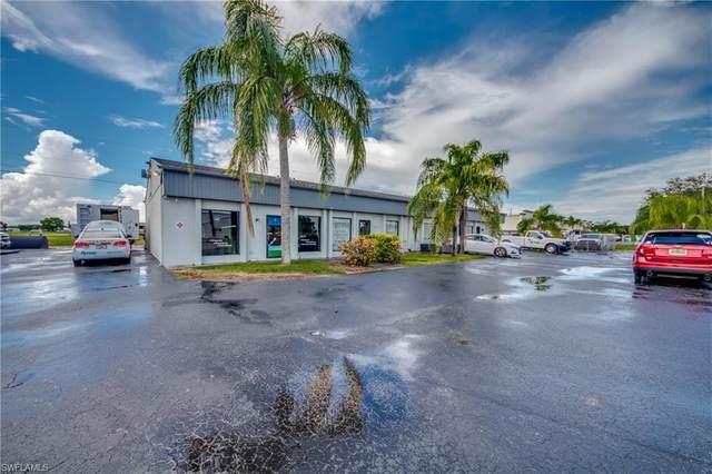 938 NE 7th Terrace 1,2,3 & 4, Cape Coral, FL 33909 (MLS #221053674) :: Clausen Properties, Inc.