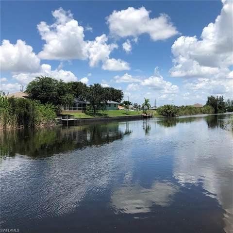 627 NW 8th Terrace, Cape Coral, FL 33993 (MLS #221053796) :: Clausen Properties, Inc.
