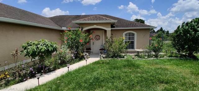 1004 Tena Avenue N, Lehigh Acres, FL 33971 (MLS #221053797) :: Florida Homestar Team
