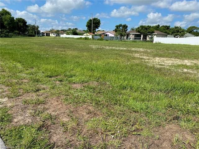 3006 NE 7th Avenue, Cape Coral, FL 33909 (#221053851) :: Southwest Florida R.E. Group Inc