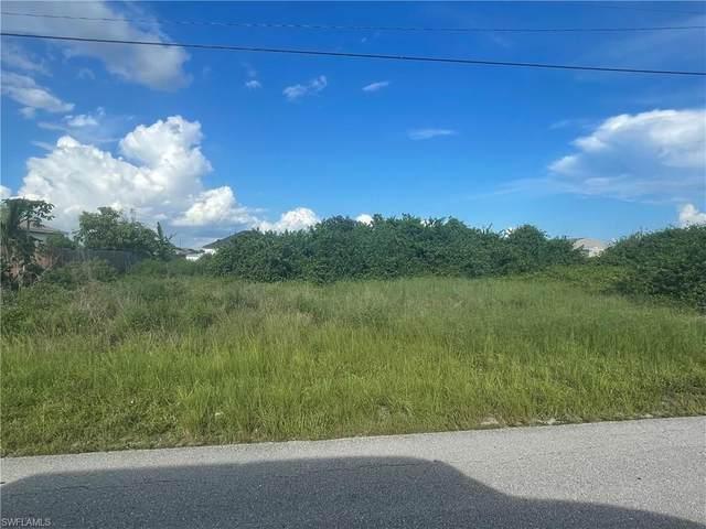 1024 Champion Avenue, Lehigh Acres, FL 33971 (MLS #221053903) :: BonitaFLProperties