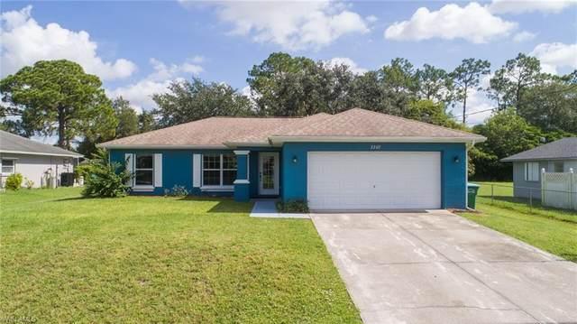 2207 NE 28th Street, Cape Coral, FL 33909 (#221053904) :: Southwest Florida R.E. Group Inc
