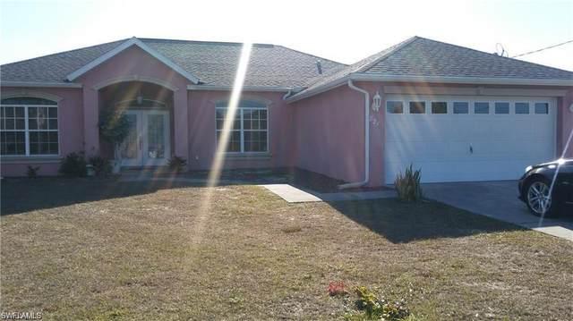 821 Woodridge Circle, Fort Myers, FL 33913 (#221054004) :: Jason Schiering, PA