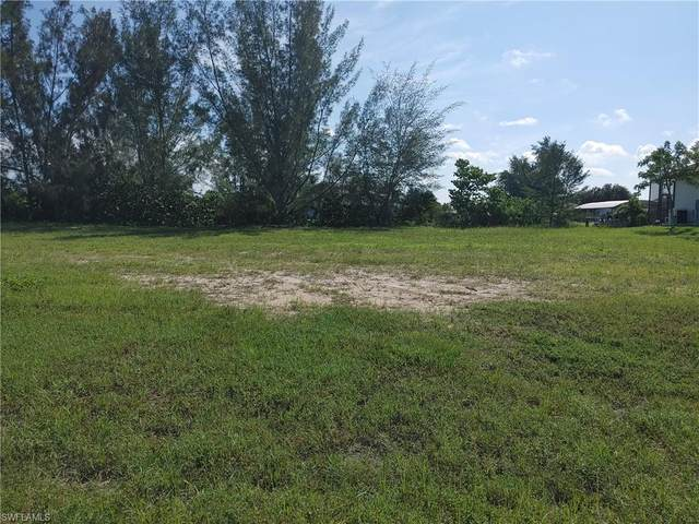 3021 SW 26th Place, Cape Coral, FL 33914 (MLS #221054103) :: RE/MAX Realty Group