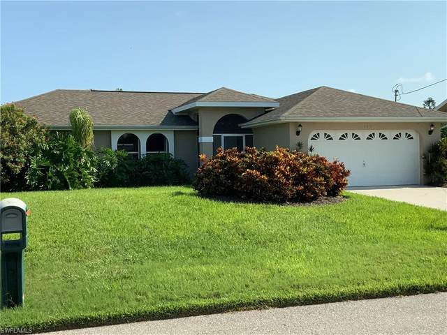 135 SW 31st Terrace, Cape Coral, FL 33914 (MLS #221054304) :: Realty One Group Connections