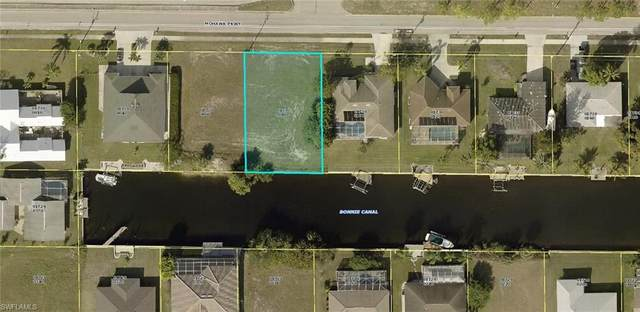 714 Mohawk Parkway, Cape Coral, FL 33914 (MLS #221054383) :: The Naples Beach And Homes Team/MVP Realty
