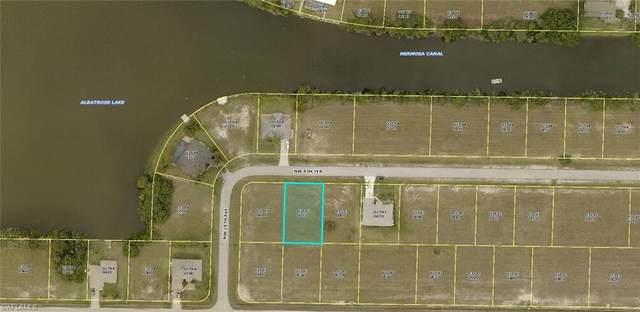 1722 NW 8th Terrace, Cape Coral, FL 33993 (MLS #221054432) :: Clausen Properties, Inc.