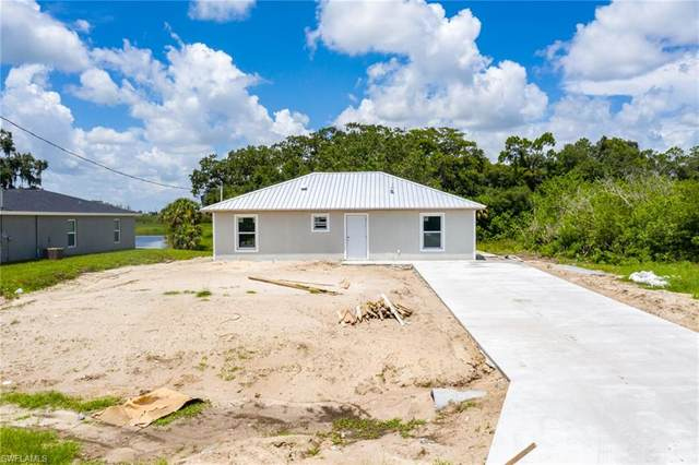 3009 Birwood Circle, Labelle, FL 33935 (MLS #221054494) :: The Naples Beach And Homes Team/MVP Realty