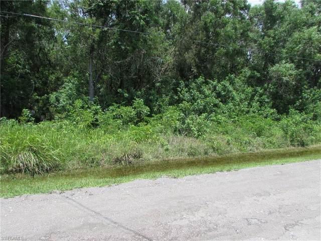 4818 Woodstock Road, St. James City, FL 33956 (#221054527) :: Southwest Florida R.E. Group Inc