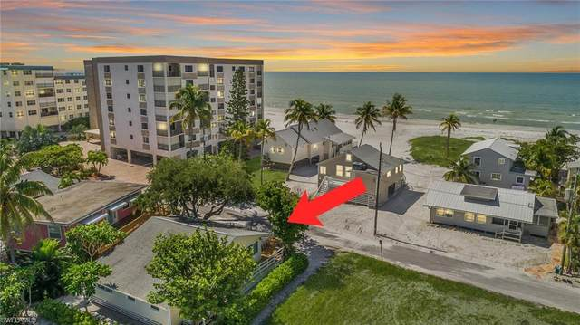 2543 Cottage Avenue, Fort Myers Beach, FL 33931 (MLS #221054578) :: Realty One Group Connections