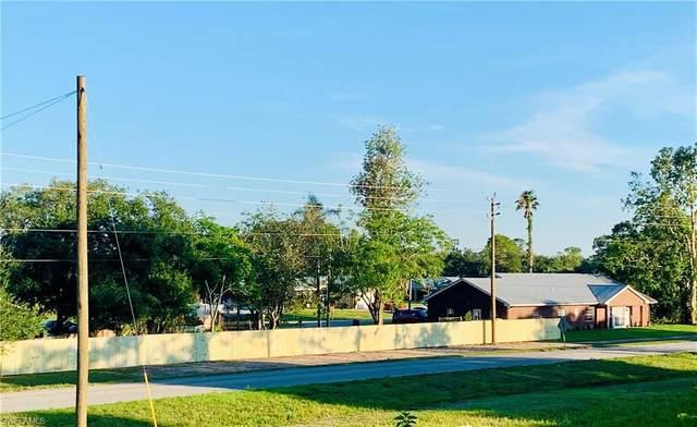845 Quail Run, FORT DENAUD, FL 33935 (MLS #221054590) :: The Naples Beach And Homes Team/MVP Realty