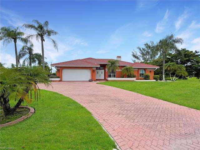3314 Country Club Boulevard, Cape Coral, FL 33904 (MLS #221055126) :: Coastal Luxe Group Brokered by EXP