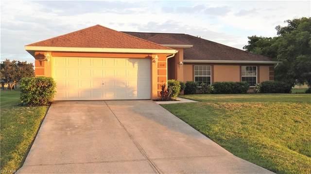 1110 NE 13th Street, Cape Coral, FL 33909 (#221055154) :: The Dellatorè Real Estate Group
