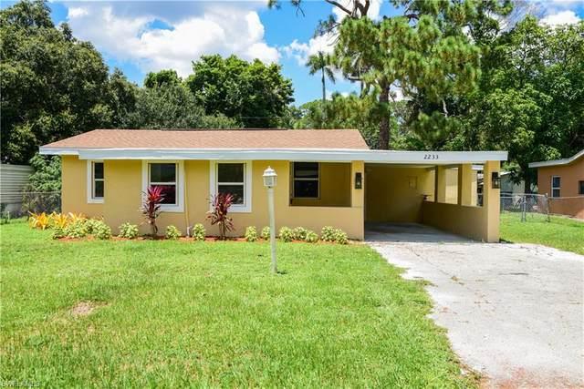 2233 Dora Street, Fort Myers, FL 33901 (MLS #221055174) :: The Naples Beach And Homes Team/MVP Realty