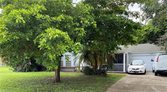 2927 NW 10th Street, Cape Coral, FL 33993 (MLS #221055463) :: The Naples Beach And Homes Team/MVP Realty