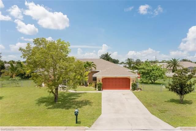 242 Richmond Avenue S, Lehigh Acres, FL 33936 (#221055636) :: Caine Luxury Team
