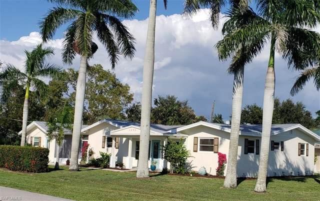 1205 Wisconsin Drive, Naples, FL 34103 (MLS #221055642) :: Clausen Properties, Inc.