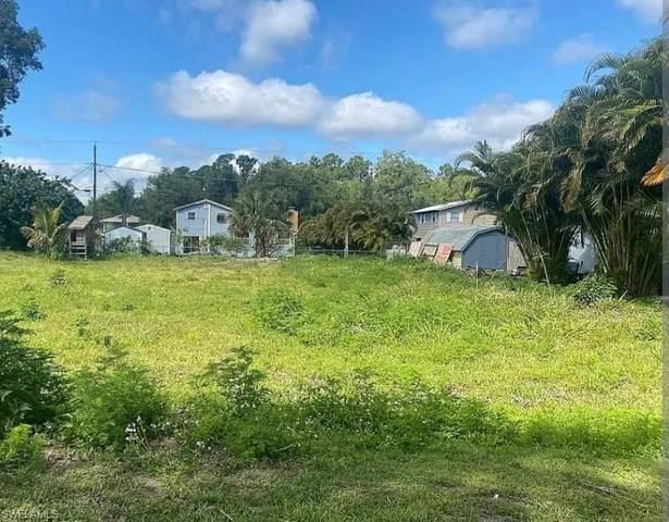 19880 Adams Road, Fort Myers, FL 33908 (MLS #221055775) :: Realty World J. Pavich Real Estate