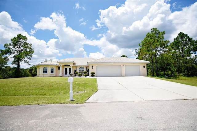 1201 Fitch Avenue, Lehigh Acres, FL 33972 (MLS #221055941) :: Waterfront Realty Group, INC.