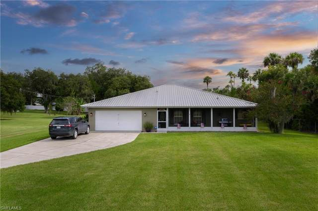1675 Caloosa Estates Lane, Labelle, FL 33935 (MLS #221055977) :: #1 Real Estate Services