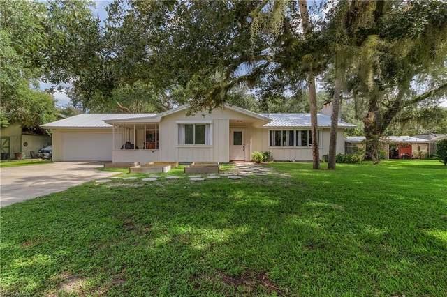 340 2nd Avenue, Labelle, FL 33935 (MLS #221056178) :: #1 Real Estate Services