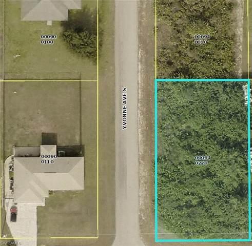 3720 21st Street SW, Lehigh Acres, FL 33976 (MLS #221056369) :: #1 Real Estate Services