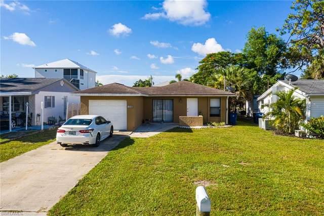 4721 Spring Creek Drive, Bonita Springs, FL 34134 (MLS #221056784) :: Wentworth Realty Group