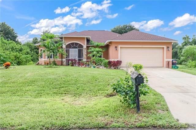 53 Alan Avenue S, Lehigh Acres, FL 33976 (MLS #221057056) :: Avantgarde