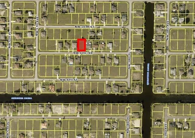405 NW 9th Terrace, Cape Coral, FL 33993 (MLS #221057729) :: Florida Homestar Team