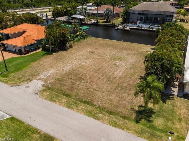 126 Montrose Drive, Fort Myers, FL 33919 (MLS #221058201) :: Realty World J. Pavich Real Estate