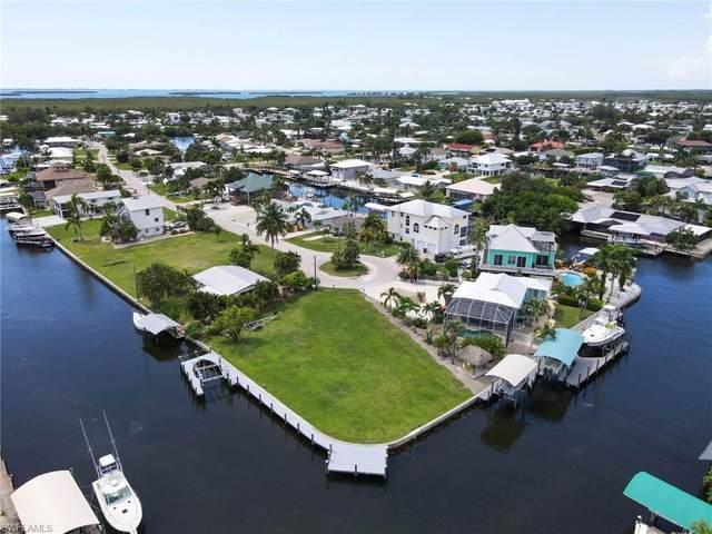 3547 Jade Avenue, St. James City, FL 33956 (#221058804) :: Southwest Florida R.E. Group Inc