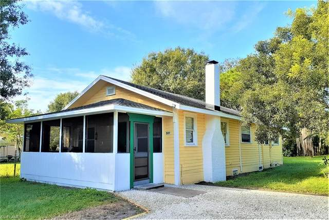 512 Ione Avenue, Fort Myers, FL 33905 (MLS #221059721) :: Realty One Group Connections