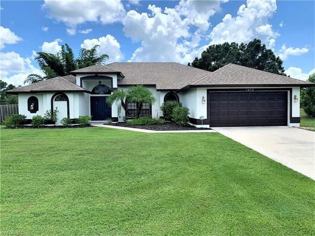 1610 Covington Meadows Circle, Lehigh Acres, FL 33936 (MLS #221060000) :: Team Swanbeck