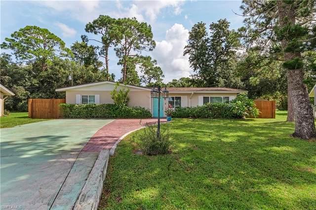 1220 Pondella Circle, North Fort Myers, FL 33903 (MLS #221061253) :: Domain Realty
