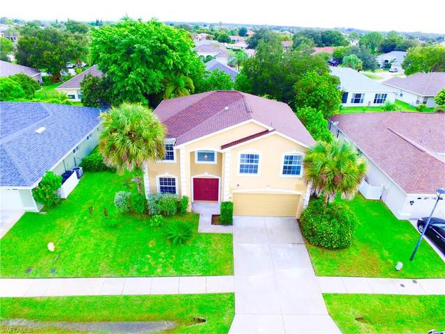 1517 Junior Court, Lehigh Acres, FL 33971 (MLS #221061663) :: Florida Homestar Team