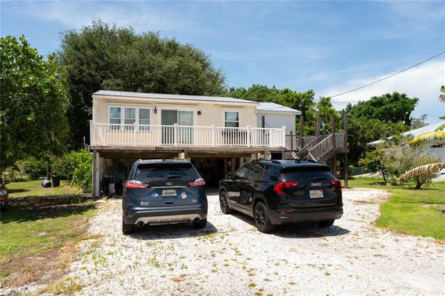 2331 Baybreeze Street, St. James City, FL 33956 (MLS #221062813) :: The Naples Beach And Homes Team/MVP Realty