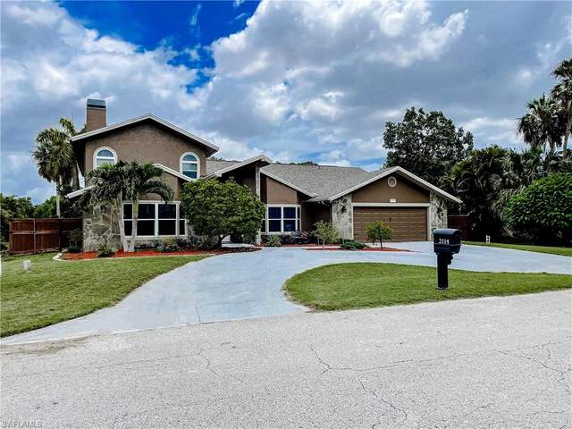 2114 Lochmoor Circle, North Fort Myers, FL 33903 (MLS #221062978) :: Realty One Group Connections