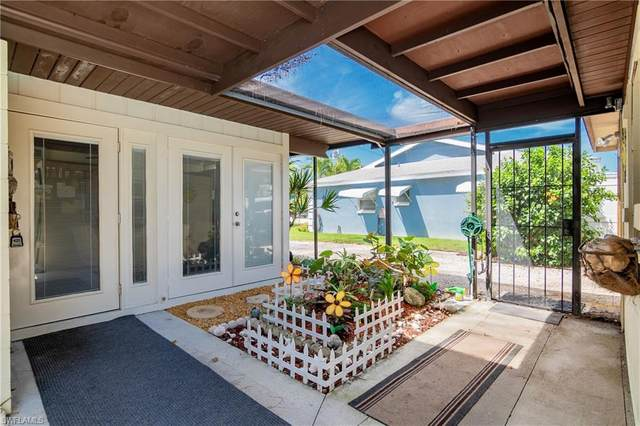 239 Curlew Street, Fort Myers Beach, FL 33931 (#221063453) :: MVP Realty