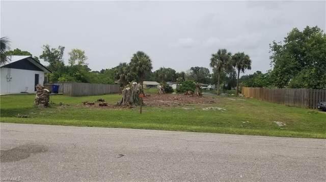 2667 Montego Drive, Fort Myers, FL 33905 (#221063663) :: Jason Schiering, PA