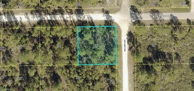 701 W 18th Street, Lehigh Acres, FL 33972 (#221064142) :: Southwest Florida R.E. Group Inc