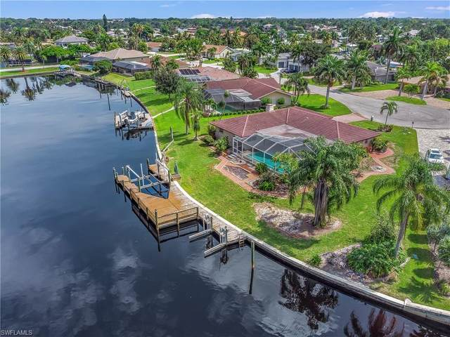 6634 Joanna Circle, Fort Myers, FL 33919 (MLS #221064660) :: Realty One Group Connections